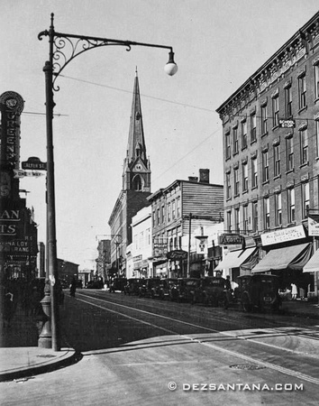 Manhattan Ave & Calyer Street, 1935